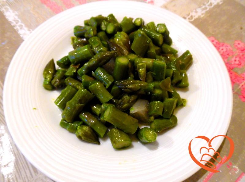 Ricetta Asparagi Verdi In Padella.Asparagi In Padella Cuoca Per Passione