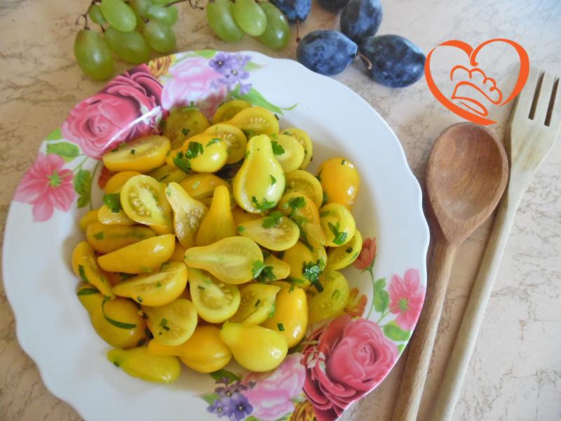 Insalata con pomodorini gialli