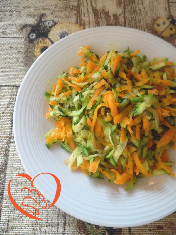 Zucchine e carote grattugiate